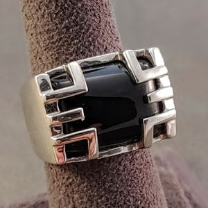 Onyx Rectangle Asian Inspired Design Silver Ring